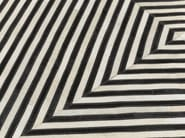 Rectangular rug with geometric shapes PSYCHODELIC - KARE-DESIGN