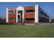 Prefabricated concrete panel Prefabricated panel with Cor-Ten effect - Premac Prefabbricati