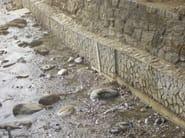 Opere fluviali, di difesa e di sistemazione idraulica e bonifica, in calcestruzzo faccia a vista su matrice RECKLI