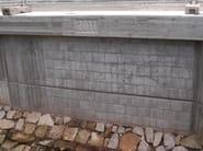 Opere di regimazione idraulica, calcestruzzo faccia a vista su matrice RECKLI