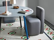 Upholstered fabric guest chair with casters SEASON | Easy chair - Viccarbe