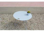 Round powder coated steel coffee table SEIS - Galula