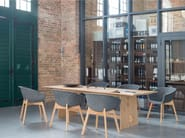 Rectangular oak dining table TENSION   Oak table - conmoto by Lions at Work
