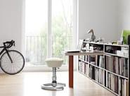 Swivel height-adjustable office stool swopper - aeris