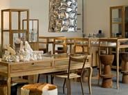 Tavolo da salotto rettangolare in legno e vetro con cassetti TABLE VITRINE LARGE CURVED FEET - Pols Potten