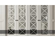 Lacquered eucalyptus wardrobe with sliding doors TIMELESS BLANCO VIEJO - Doca