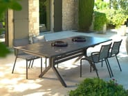 Extending HPL garden table XENAH | Table - Les jardins