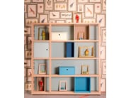 Sectional lacquered wooden bookcase with drawers YOUNG | Modular bookcase - dearkids