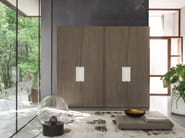 Wardrobe with sliding doors with drawers ZERO.16 | Wardrobe with sliding doors - Devina Nais