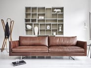 Sled base upholstered leather sofa AXEL | Leather sofa - Montis
