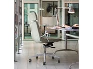 Low back executive chair with 5-spoke base with headrest ELLE 02 | Executive chair with headrest - Emmegi