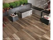 Porcelain stoneware outdoor floor tiles with wood effect ETIC PRO | Porcelain stoneware outdoor floor tiles - Atlas Concorde
