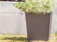 Low iron Flower pot SKEW | Flower pot - SIT