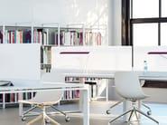 Pannello divisorio da scrivania modulare in vetro NEW PORT | Pannello divisorio in vetro - MANADE