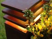 Paletto luminoso da giardino in ghisa IRONY - ROYAL BOTANIA