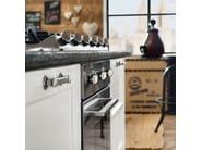 Cucina componibile laccata con isola KREOLA - COMPOSIZIONE 01 - Marchi Cucine