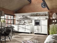 Fitted wood kitchen KREOLA - COMPOSITION 02 - Marchi Cucine