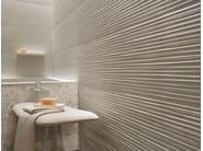 Piastrelle con superficie tridimensionale in ceramica a pasta bianca per interni
