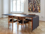 Extending rectangular dining table NYHAVN - Onecollection