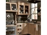 Fitted wood kitchen PANAMERA - COMPOSIZIONE 02 - Marchi Cucine