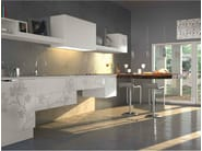 Custom fitted kitchen with peninsula IRIS | Kitchen - Bizzotto