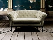 Tufted upholstered armchair with armrests BE MINE - Munna