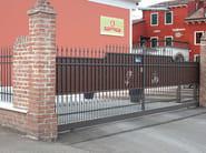 Sliding iron gate ARTIGIANALE CON TAMPONATURA - CMC DI COSTA MASSIMILIANO