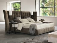 Bed with high headboard ANGLE PARAVENTO - Flou