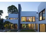 Villa Wiese - Design: Volker Wiese - Authorised HI-MACS® fabricator: Kiebitzberg GmbH & Co.KG, Kloepfer Surfaces - Photo credits: ©Dirk Wilhelmy