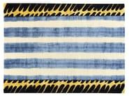 Patterned handmade rug SWEET LIPS - Deirdre Dyson