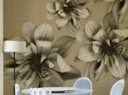Wallpaper with floral pattern FLOWERS POETRY - Wall&decò