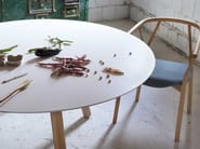Lacquered round MDF table PIXIE | Round table - Miniforms