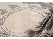 Fontenay New Age grey detail