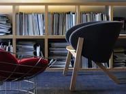 Fabric easy chair with armrests CURVA | Fabric easy chair - Branca-Lisboa