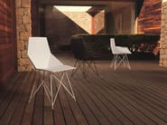 Polypropylene garden chair with armrests FAZ | Polypropylene chair - VONDOM