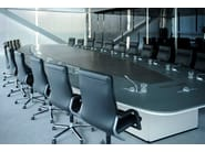 Oval leather meeting table PARK AVENUE | Meeting table - JOSE MARTINEZ MEDINA