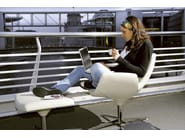 Swivel easy chair with 4-spoke base with armrests BEETLE | Easy chair - Infiniti