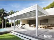Wall-mounted aluminium pergola with sliding cover MED ROOM PLANA | Wall-mounted pergola - GIBUS