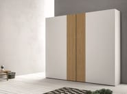 Lacquered wardrobe with sliding doors EMOTION SCORREVOLE 8 - 9 - Dall'Agnese