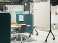 Magnetic office whiteboard with casters DRAFT - Abstracta