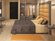 Double bed with upholstered headboard ZEUS | Bed with upholstered headboard - MOBILSPAZIO Contract