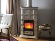 Wood-burning ceramic stove with Thermal Accumulation MARLENE L/A - Sergio Leoni
