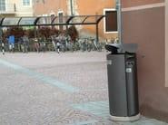 Steel waste bin with lid ARES - Bellitalia