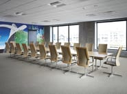 Height-adjustable leather task chair with armrests MN1 | Executive chair - HOWE