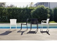 Hand woven man-made fibre chair with armrests CAFEPLAYA | Chair with armrests - Varaschin