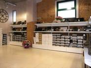 Steel shelveing system Self-service shelving - Castellani.it