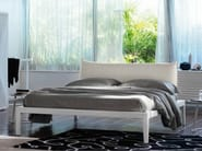 Double bed with upholstered headboard MOHELI BASSO - Orizzonti Italia