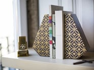 Wooden bookend NOOK - Nevoa