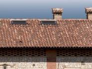 Clay bent roof tile COPPO 45 ANTICATO A BASE ROSSA - Gruppo Industriale Tegolaia