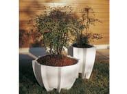Concrete Flower pot CHICAS - Gruppo Industriale Tegolaia